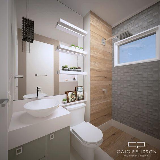 Banheiro pequeno moderno com azulejo de pedra e de madeira.