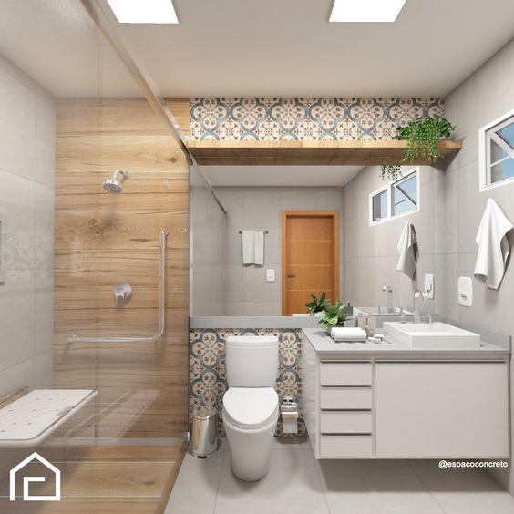 Banheiro pequeno simples com azulejo decorado e revestimento de madeira.