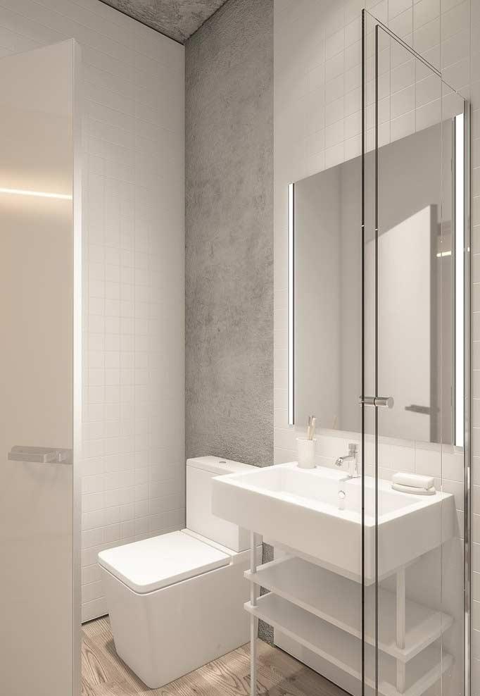 Decoração simples e clean com azulejos e louças brancas.