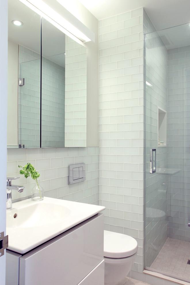 Decoração clean com azulejo de tijolinho branco.