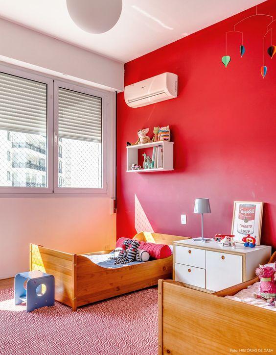 O vermelho pode ser usado como cores para quarto infantil.