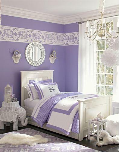 Cores para quarto: roxo e branco.