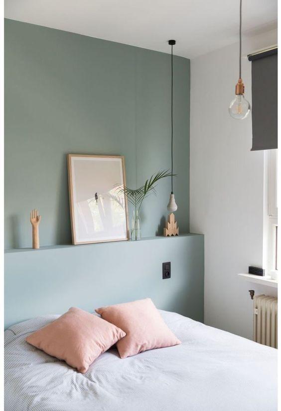Cores para quarto de casal: verde, branco e rosa.