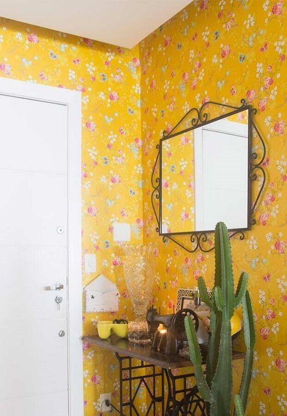 papel de parede amarelo flora e branco
