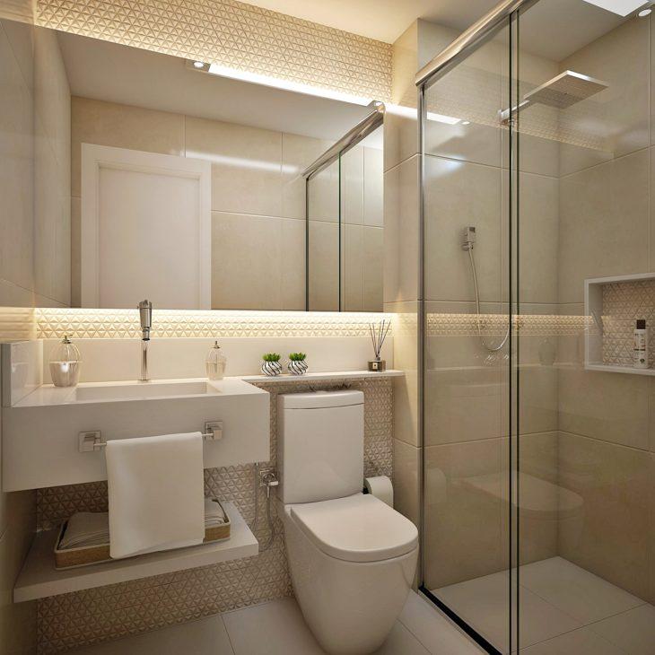 Decoração moderna com espelho iluminado com fita de led.