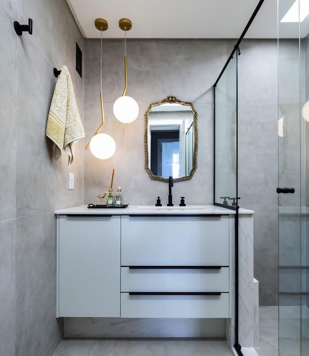 Modelos de banheiro com pendente suspenso moderno.