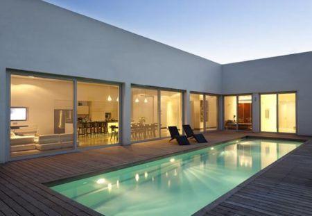 projeto de casa em l minimalista