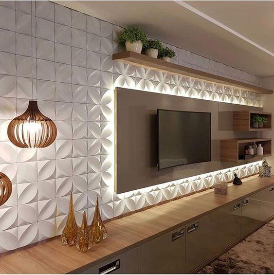 Grande parede de revestimento 3D com móveis de madeira.