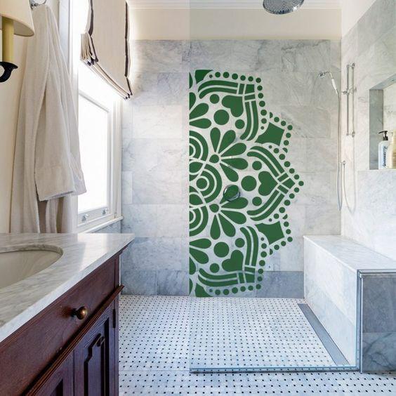 box para banheiro com adesivo verde