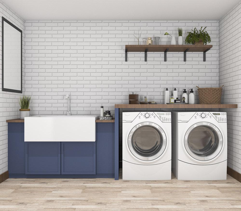Projeto com azulejo metro white e armários azuis.