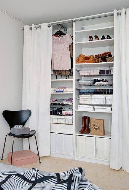 modelos de closet com cortina simples