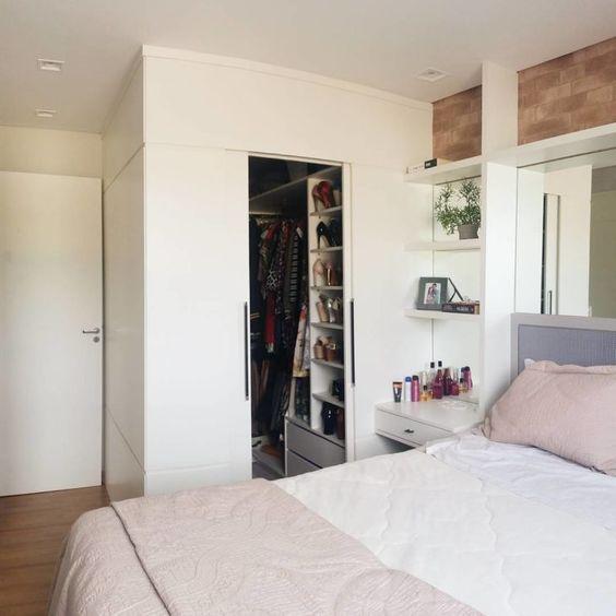 closet de madeira planejado