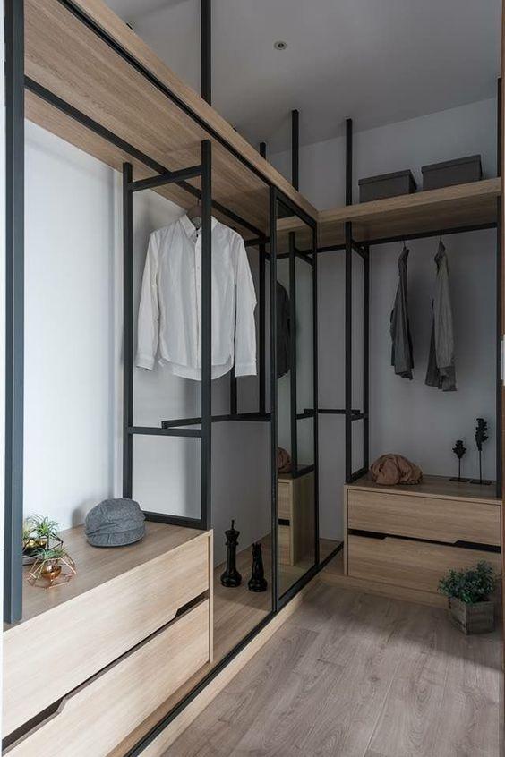 closet feito em madeira e metal