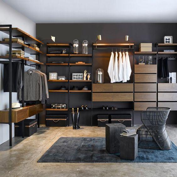 closet grande de madeira e metal