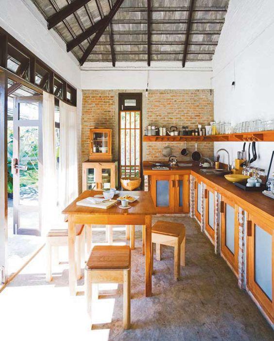 cozinha rústica externa colorida