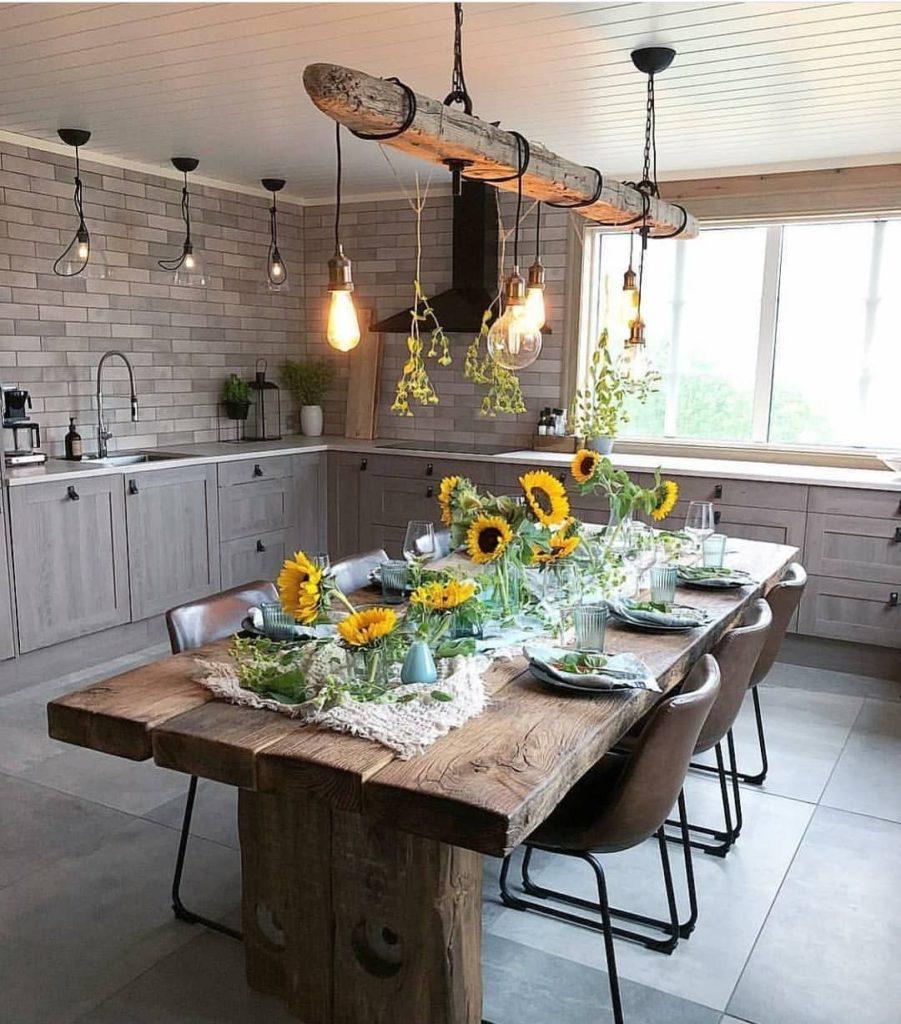 cozinha rústica moderna com mesa de madeira