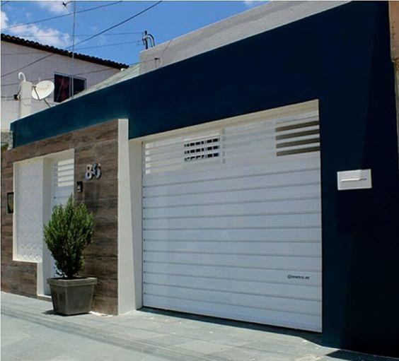 fachada azul marinho