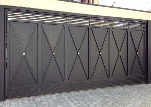 portão de ferro grande preto