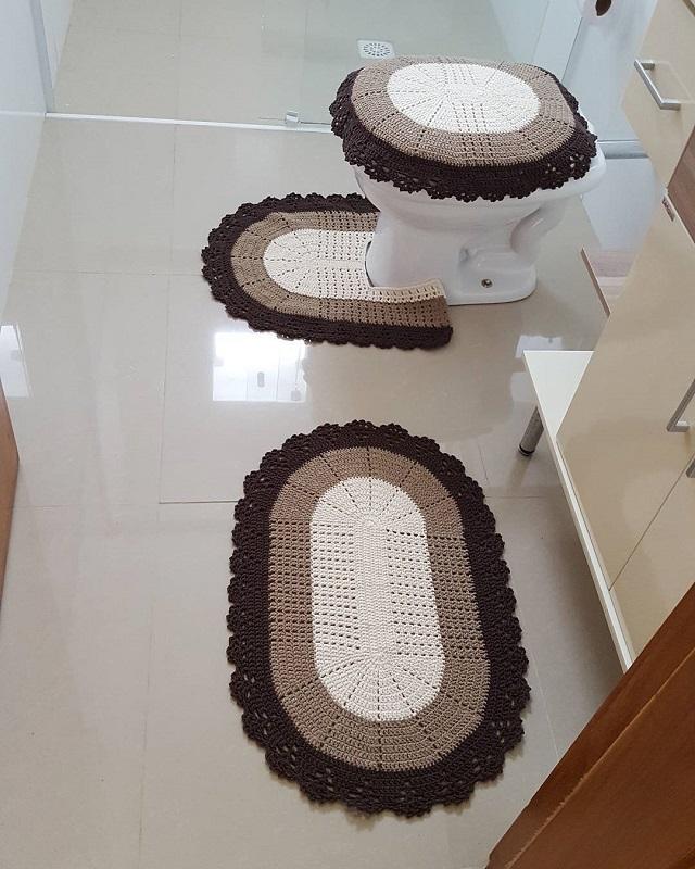 Jogo de banheiro de crochê simples.