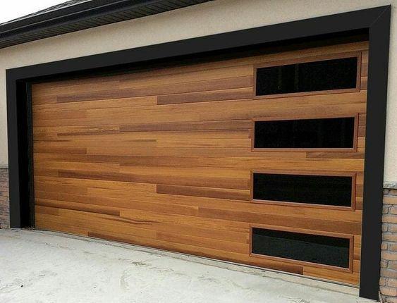 modelo de portão de madeira com vidro