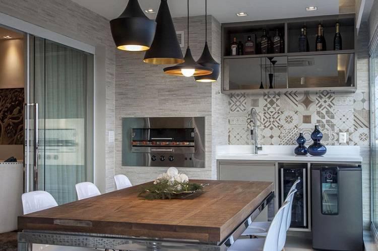 Modelo de churrasqueiras de elétrica moderna na cozinha moderna.