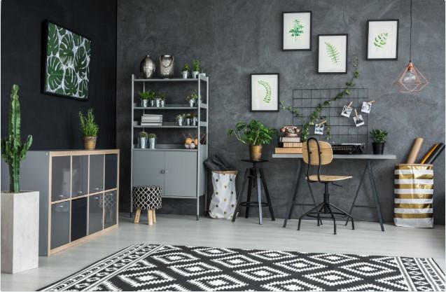 Sala de trabalho com decoração tumblr cinza.