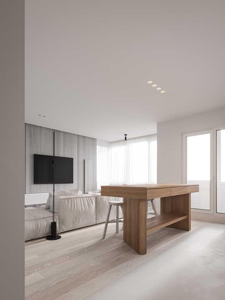 Sala de estar moderna com piso vinílico.
