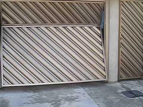 portão bipartido de ferro