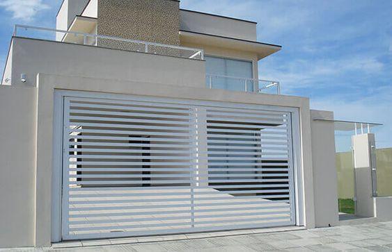 portão de alumínio branco basculante