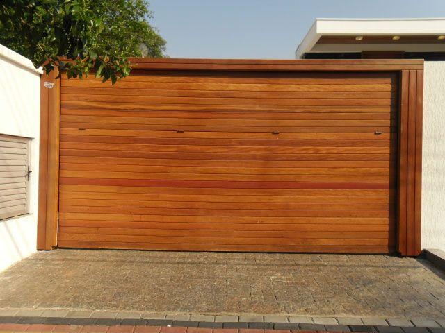 modelo de portão de madeira