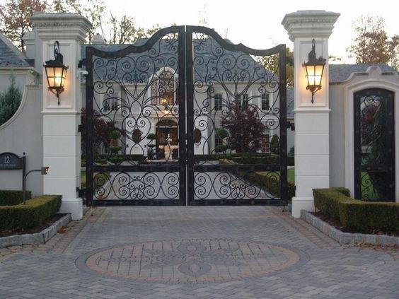 fachada imponente clássica