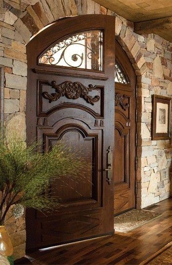 modelos de portas antigas de madeira
