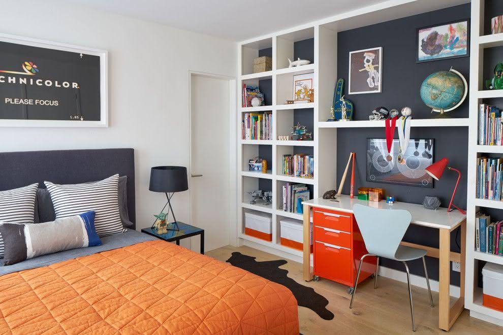 quarto adolescente laranja