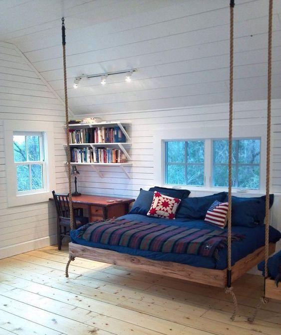 quarto adolscente com cama suspensa