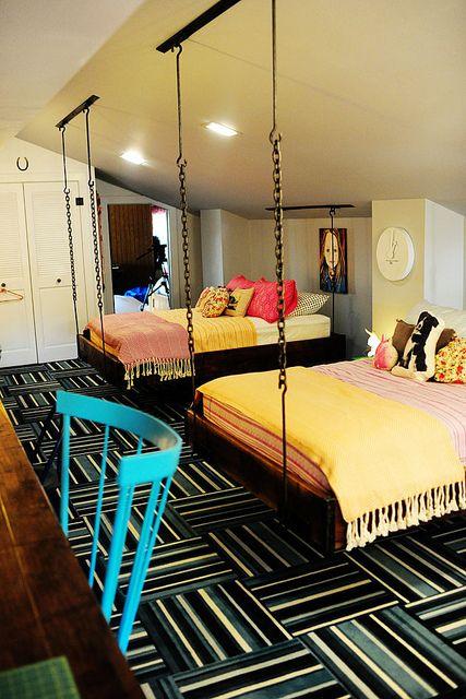 quarto adolescente com cama suspensa para dois