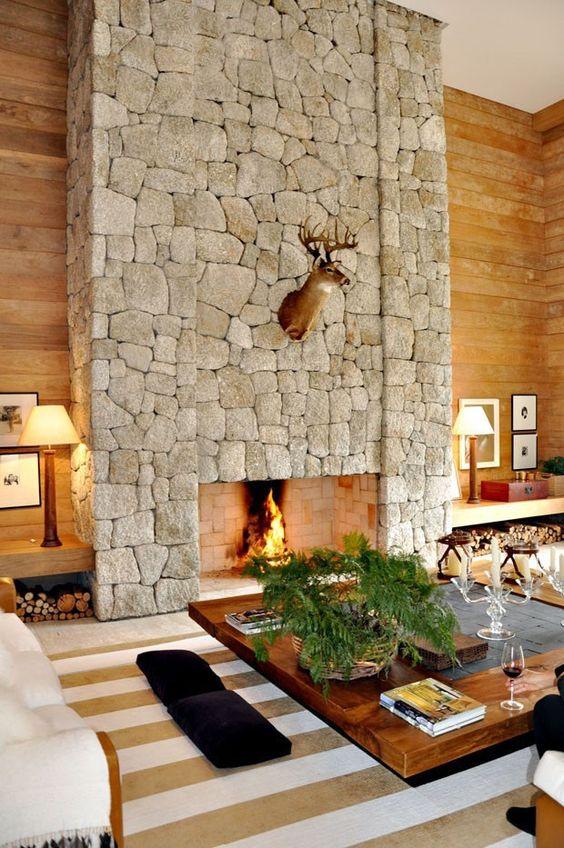 parede de pedras para lareira