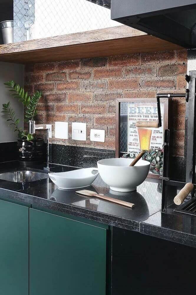 Varanda gourmet com granito preto são gabriel.