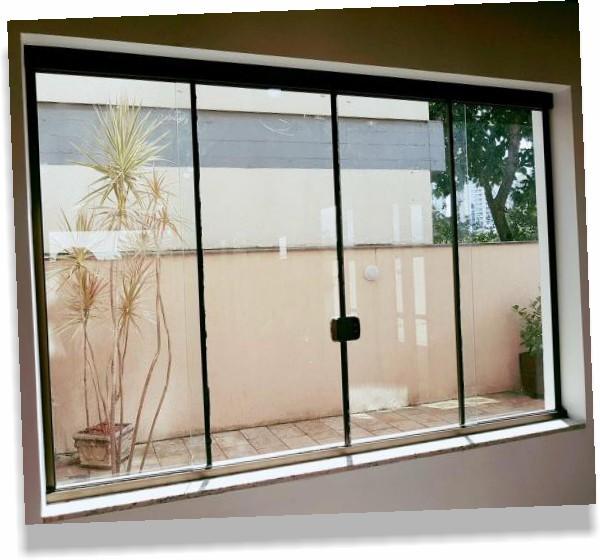 Modelos de janelas com vidro blindex.