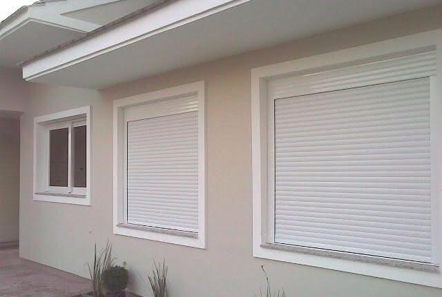 Modelos de janelas venezianas com folha externa.