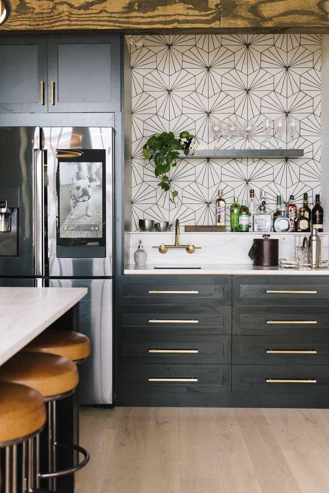 Revestimentos para cozinha modernos com desenhos geométricos.