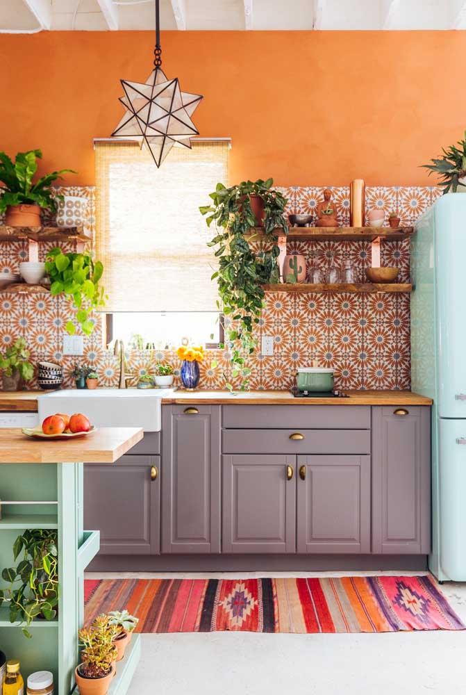 Revestimentos para cozinha colorida e alegre.