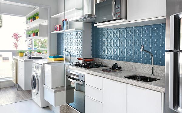 Decoração com azulejo tridimensional azul.