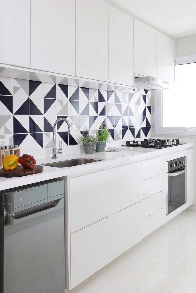 Decoração com azulejo geométrico.