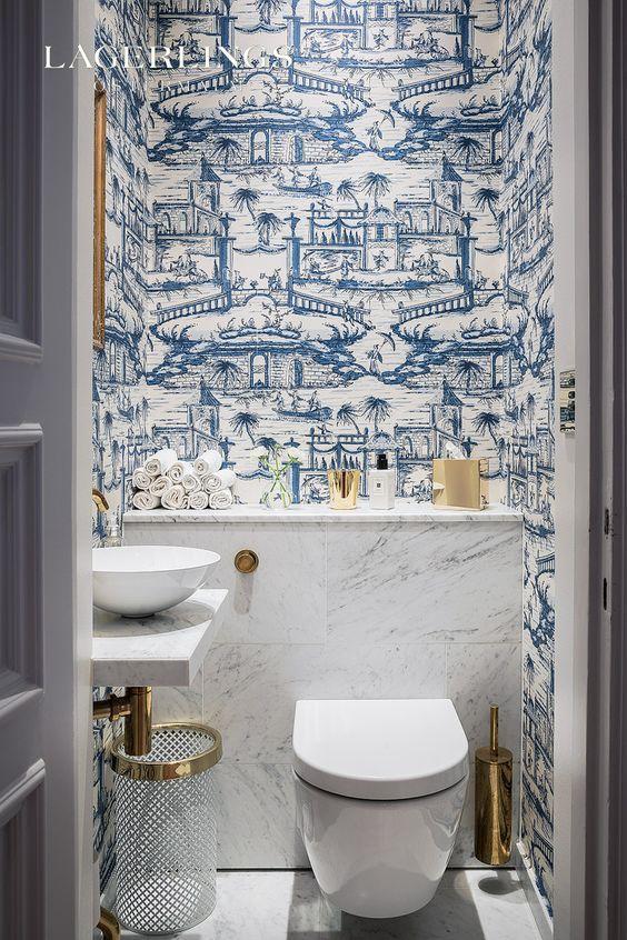 Decoração luxuoso com estampa que imita o azulejo português.