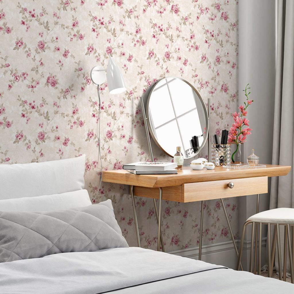 Papel de parede para quarto feminino florido.