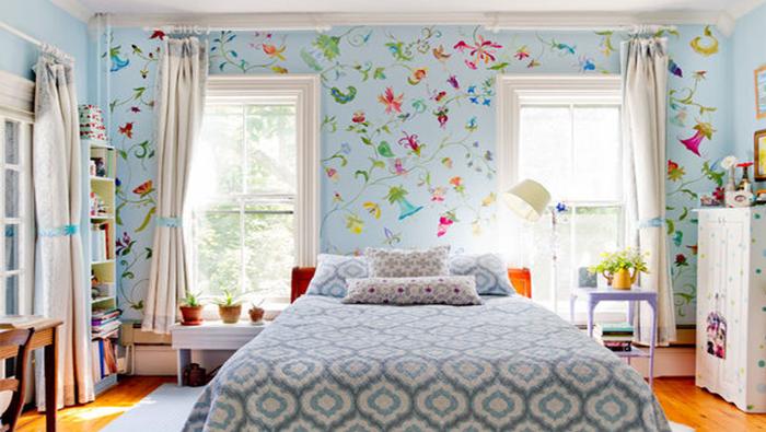 Papel de parede para quarto colorido.