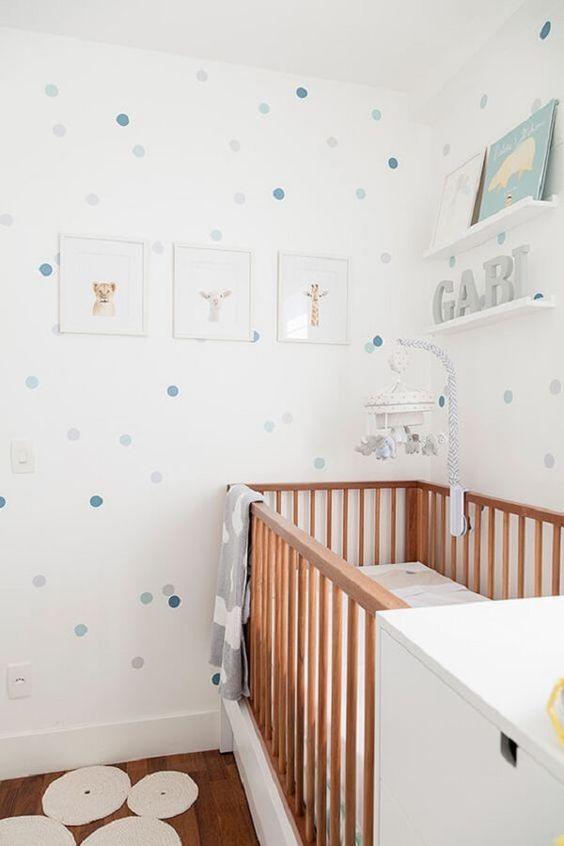 Papel de Parede para Quarto de Bebê simples e clean.