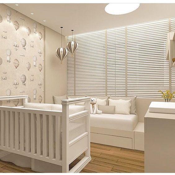 Papel de parede para quarto de bebê neutro.
