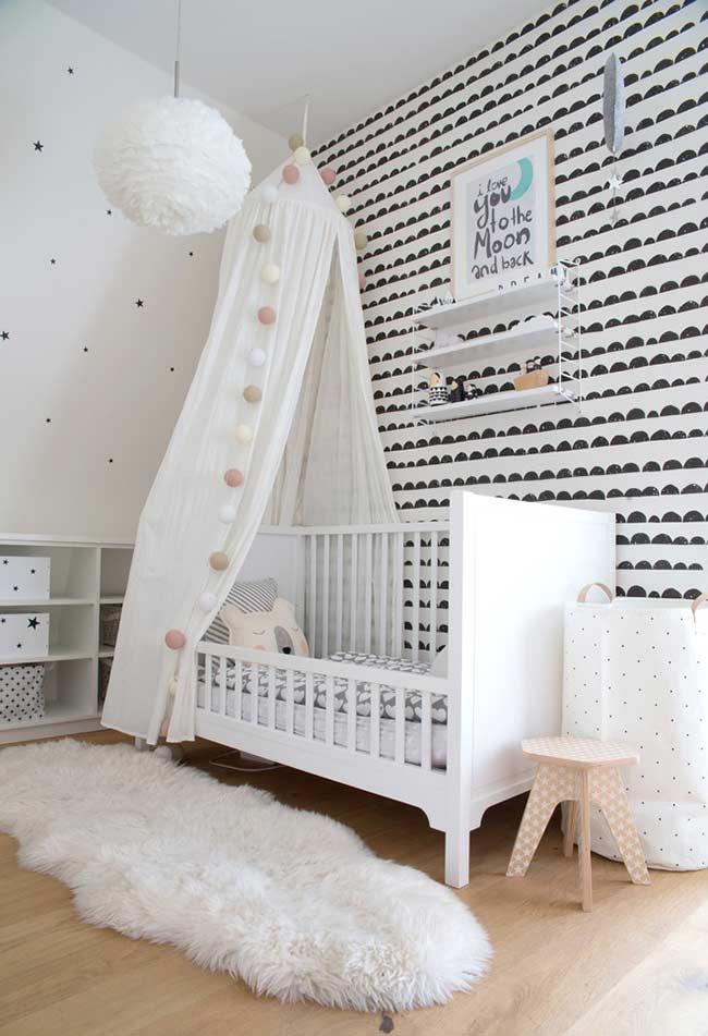 Papel de Parede para Quarto de Bebê preto e branco moderno.