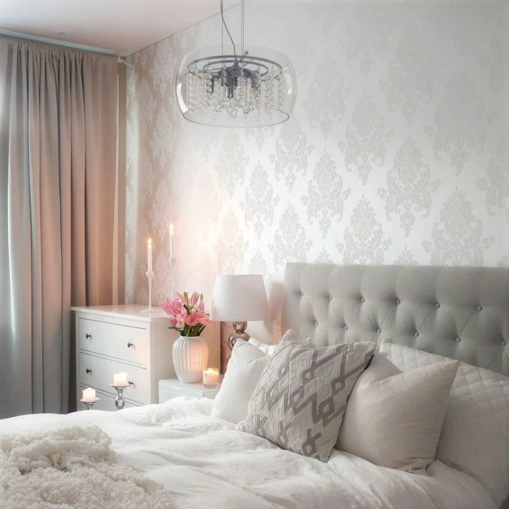 Papel de parede para quarto de casal romântico e aconchegante.